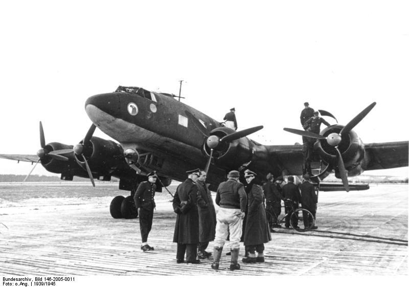 Bundesarchiv Bild 146-2005-0011 FW 200 -Condor-