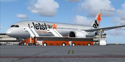 787jetstar8.jpg2