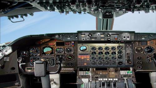Boeing_747-200_Air_France_44