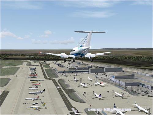 Whakaahua_Embraer121_0033